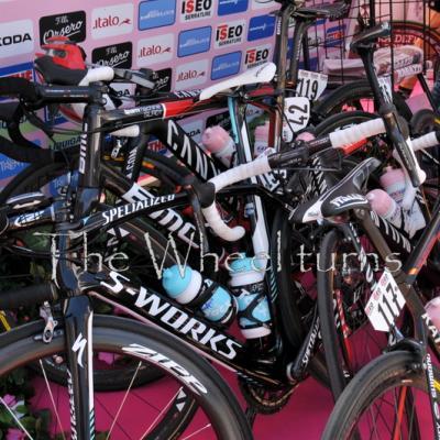 Giro 2012 Stage 7 start by Valérie Herbin (26)
