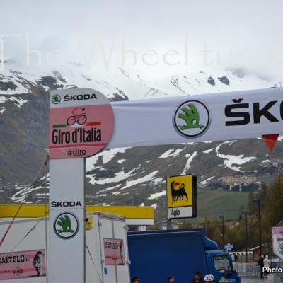 Giro -Stage 14 Cervinia  (1)