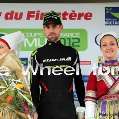 Tour du Finistère by Maryline Haudegon